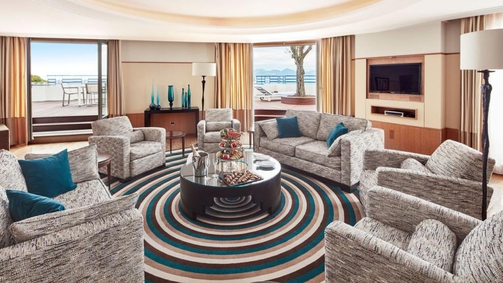 Люкс в пентхаусе - Htel Martinez Cannes by Hyatt, Канны - 53 500 долларов США.